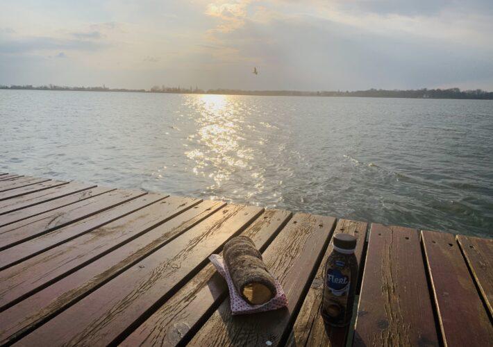 Legenda kaže da je Palićko jezero nastalo od suza pastira Pavla koji je tu izgubio svoje stado, pa je postalo slano.